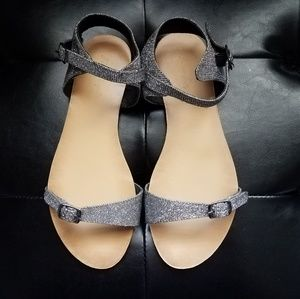New Free People Silver Glitter Sandals, size 7